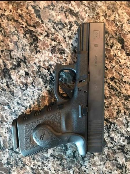 FS Glock 19 - Texas Hunting Forum